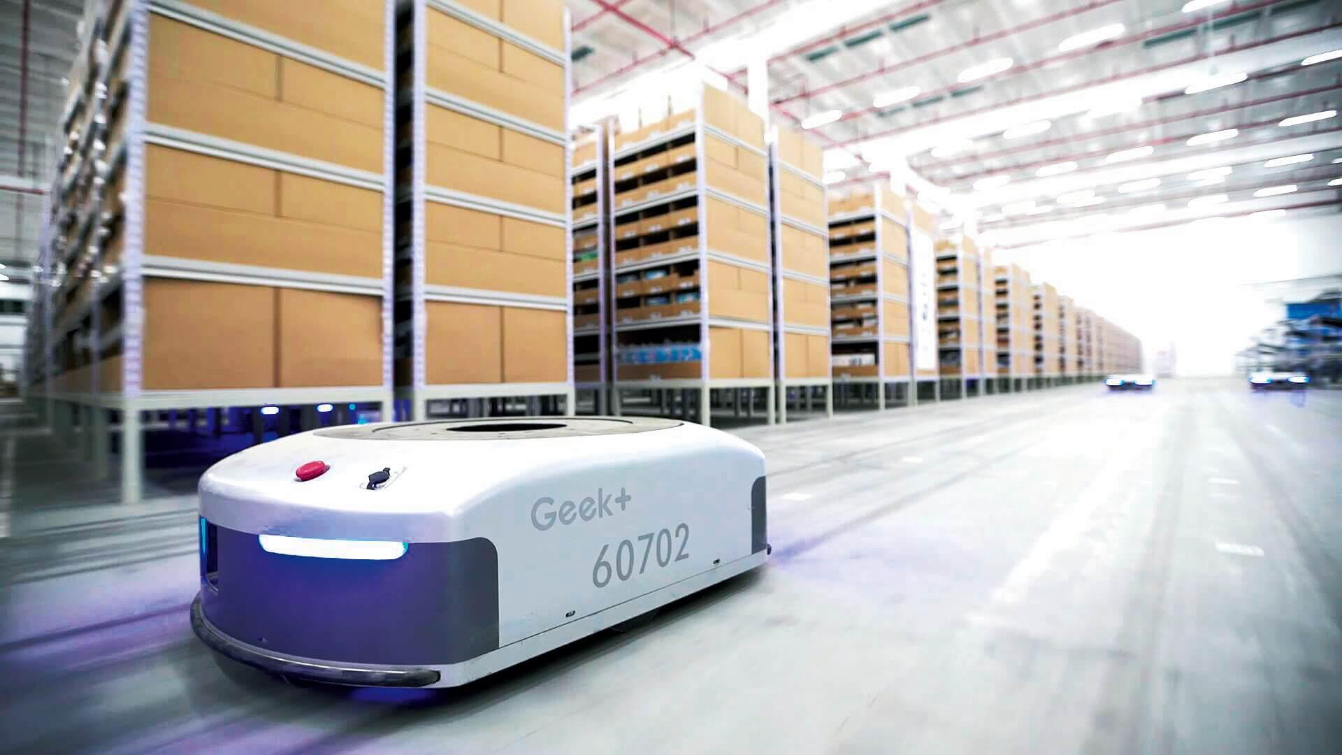 Робота без помилок: приклади роботизації складів у світі та Україні