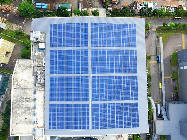 ТОП-5 найбільших сонячних електростанцій на дахах складів - 3