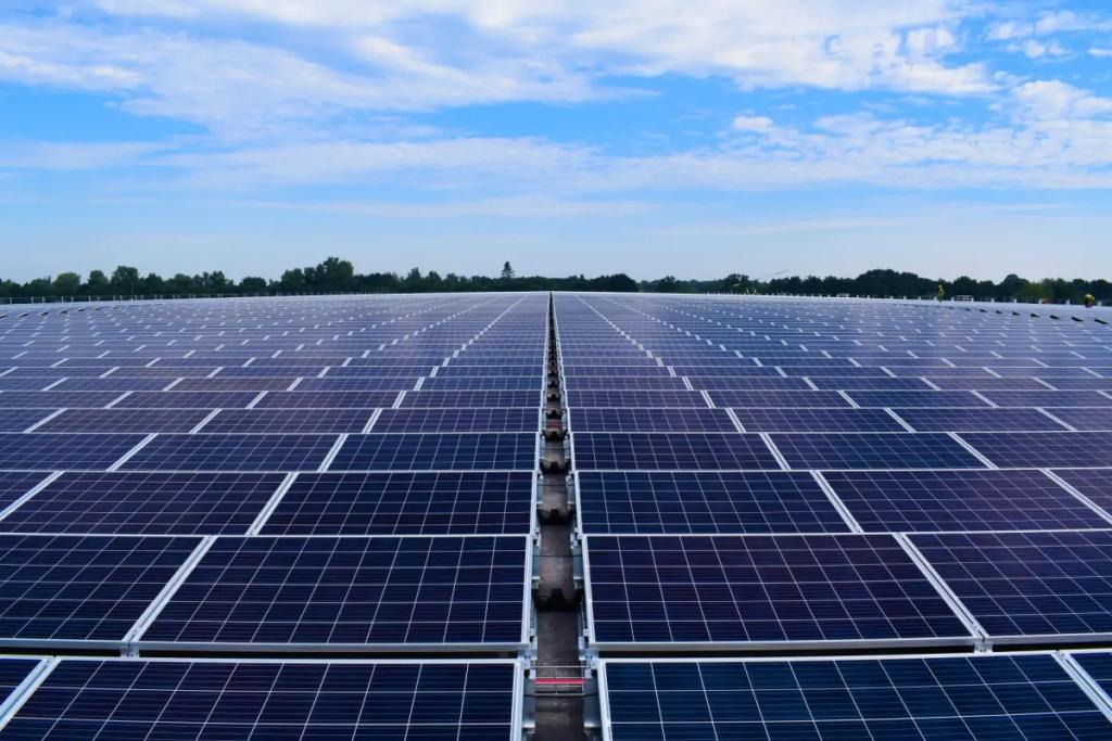 ТОП-5 найбільших сонячних електростанцій на дахах складів - 6