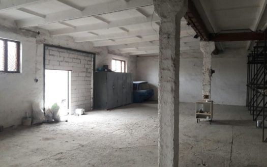 Kiralık – Kuru depo, 150 m2, Kakhovka