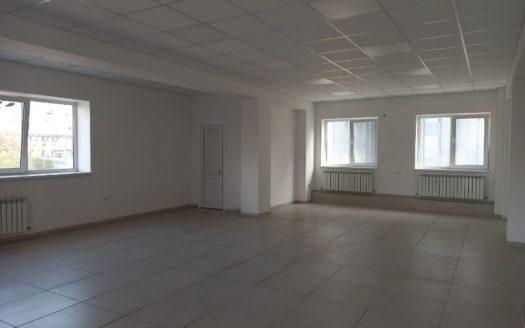 Kiralık – Sıcak depo, 1000 m2, Kulinichi