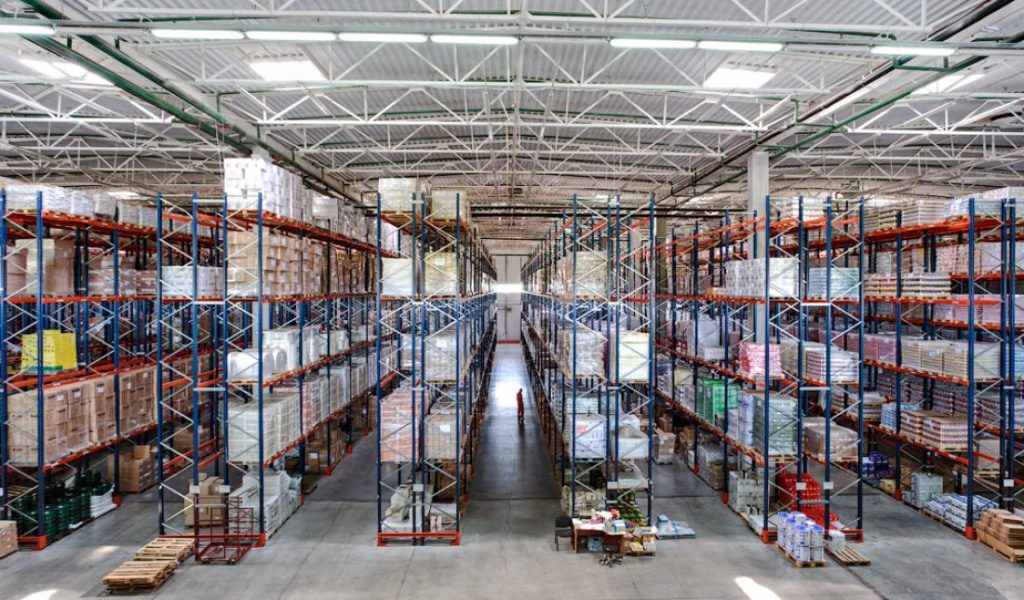 What is a buffer storage warehouse and why do companies need it? - 3