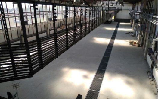 Satılık – Sanayi binası, 2000 m2, Srednee şehri
