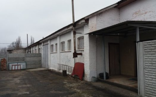 Rent – Warm warehouse, 500 sq.m., Lubny