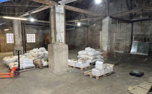 Rent – Dry warehouse, 300 sq.m., Chernivtsi