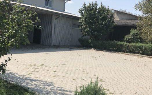 Rent – Warm warehouse, 1200 sq.m., Chernivtsi