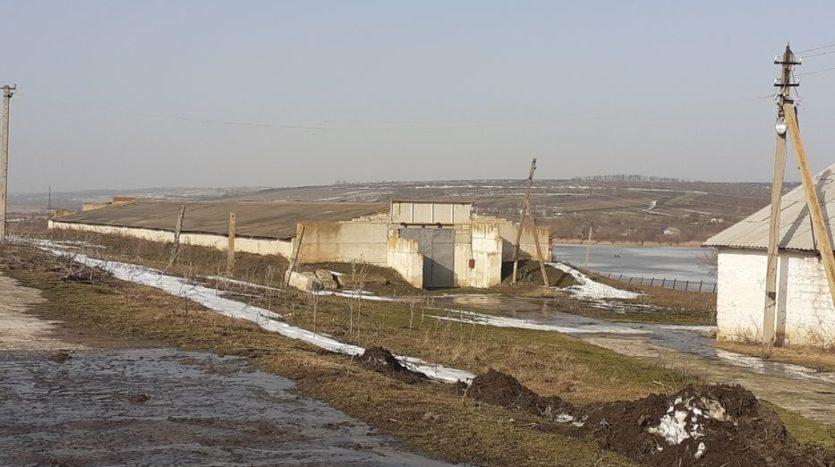 Satılık - Kuru depo, 1260 m2, Kotovsk