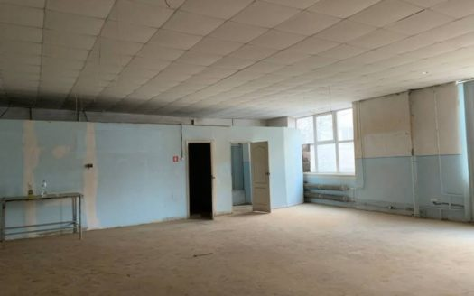 Rent – Warm warehouse, 220 sq.m., Lviv