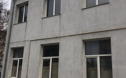 Kiralık – Sıcak depo, 300 m2, Rivne