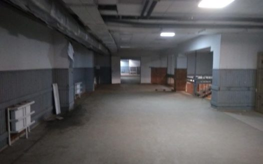 Rent – Warm warehouse, 900 sq.m., Kharkov