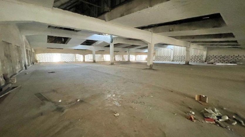 Rent - Warm warehouse, 2200 sq.m., Kharkov