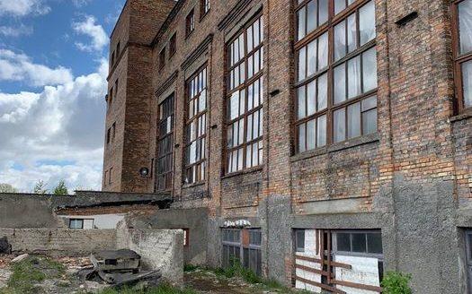 Satılık – Sıcak depo, 2006 m2, Novovolynsk