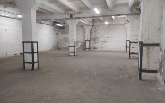 Rent – Warm warehouse, 1300 sq.m., Kiev