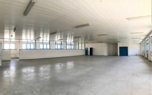 Kiralık – Sıcak depo, 890 m2, Dnipro