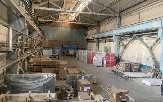 Аренда — Неотапливаемый склад, 1000 кв.м., г. Львов