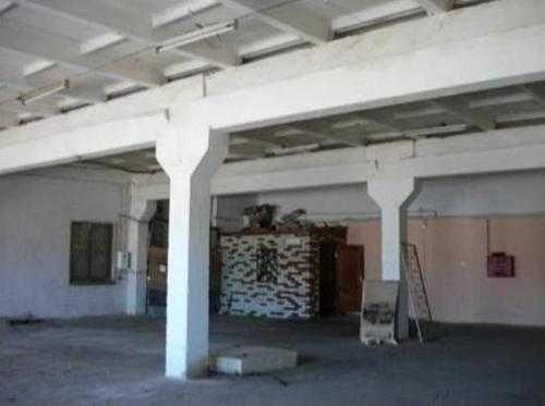 Satılık - Kuru depo, 2300 m2, Gnedin - 2