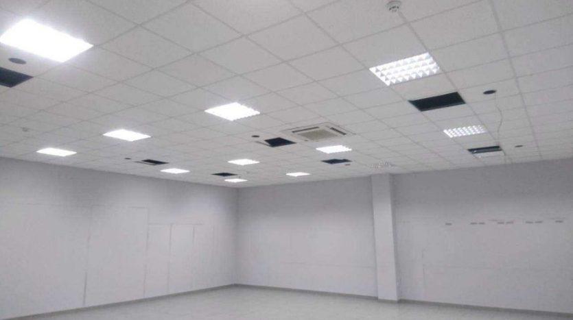 Satılık - Kuru depo, 3240 m2, Kiev - 8