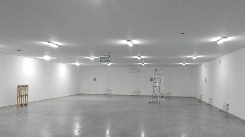 Satılık - Sıcak depo, 780 m2, Gostomel - 4