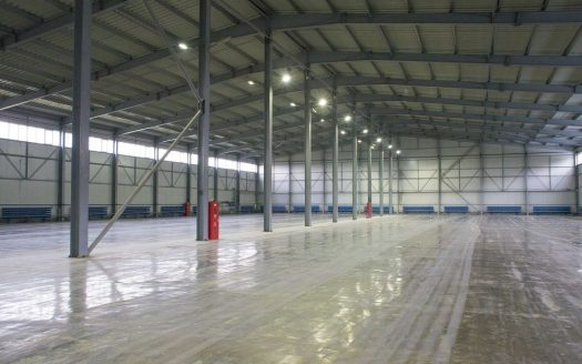 Sale – Warm warehouse, 1800 sq.m., Svyatopetrovskoe