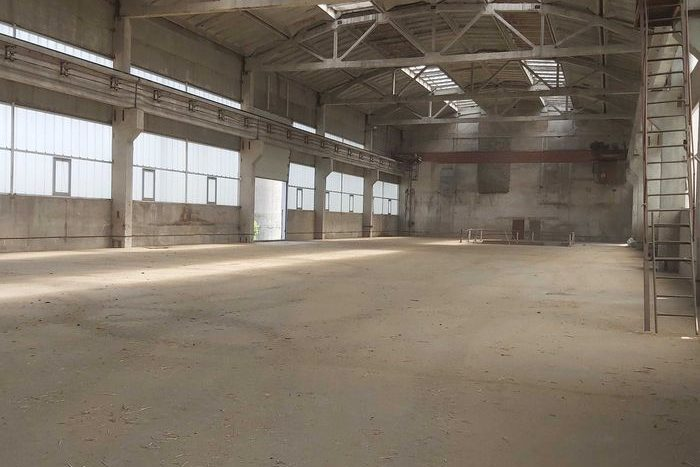 Kiralık - Kuru depo, 5000 m2, Uman