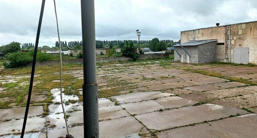 Satılık - Kuru depo, 2400 m2, Brilovka - 5
