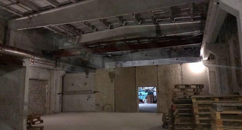 Satılık - Kuru depo, 2400 m2, Brilovka - 6