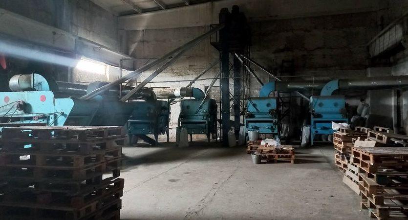 Satılık - Kuru depo, 2400 m2, Brilovka - 8