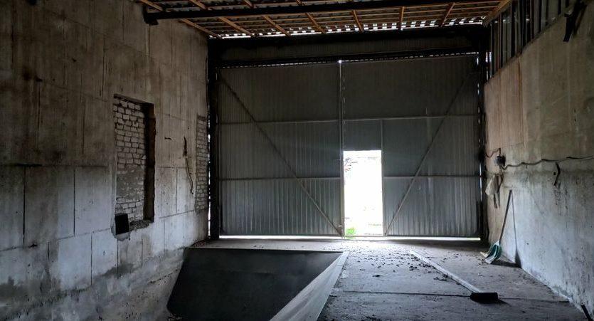 Satılık - Kuru depo, 2400 m2, Brilovka - 10