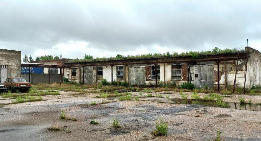 Satılık - Kuru depo, 2400 m2, Brilovka - 14