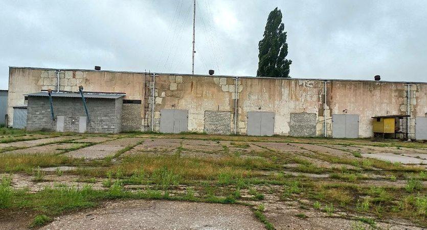 Satılık - Kuru depo, 2400 m2, Brilovka - 15