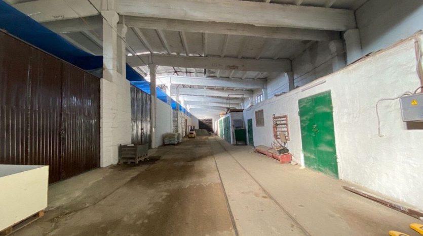 Satılık - Kuru depo, 6048 m2, Kharkov - 2
