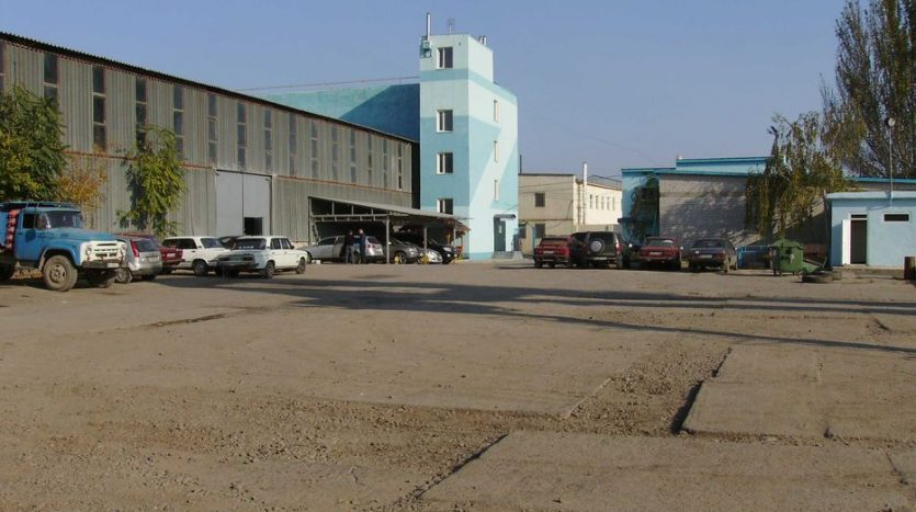 Kiralık - Kuru depo, 880 m2, Odessa - 2