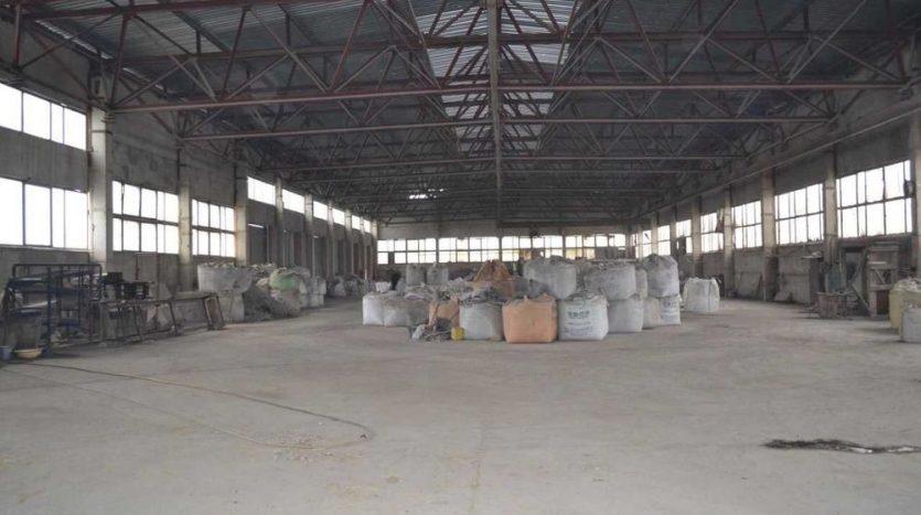 Satılık - Kuru depo, 1800 m2, Vasilievka