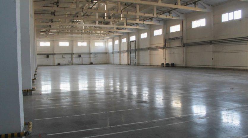 Kiralık - Sıcak depo, 4500 m2, Kharkov - 2