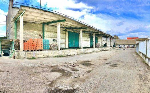 Satılık – Kuru depo, 4000 m2, Berezan