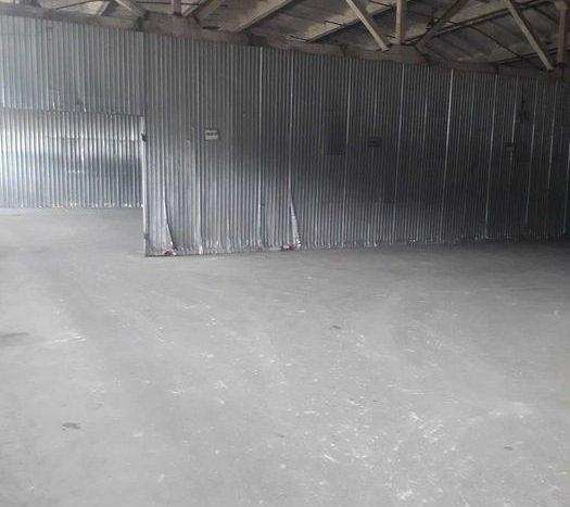 Kiralık - Sıcak depo, 2400 m2, Kiev - 2